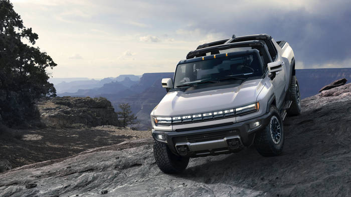 GM Introduces Revamped Electric Hummer   Design and ...